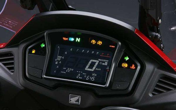 VFR800X (4)