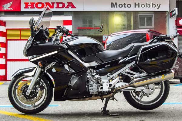 Yamaha FJR 1300 ABS (7)